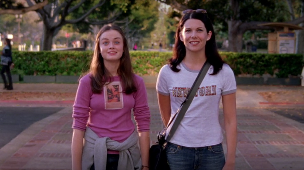Rory-s-Boobs-Look-Terrible-The-Road-Trip-to-Harvard-Gilmore-Girls