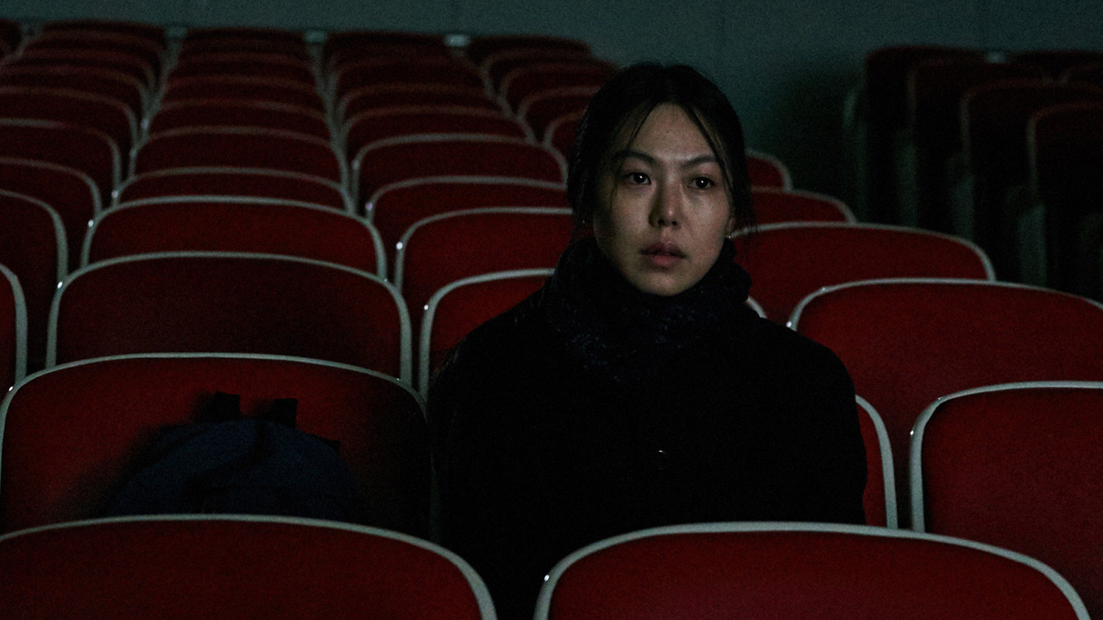 On-The-Beach-at-Night-Along-Hong-Sang-soo