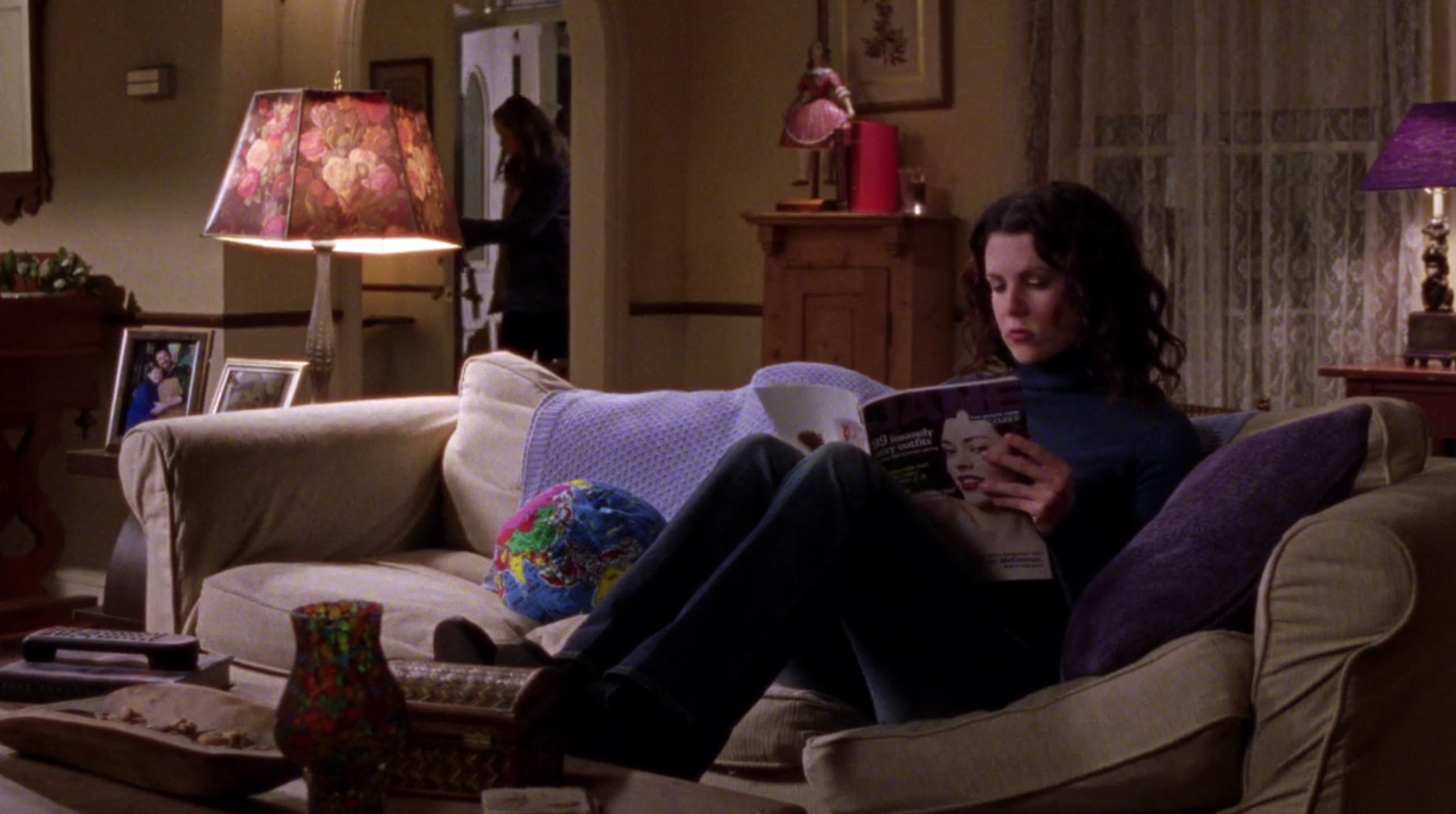 Hug-A-World-A-Tisket--A-Tasket-Gilmore-Girls