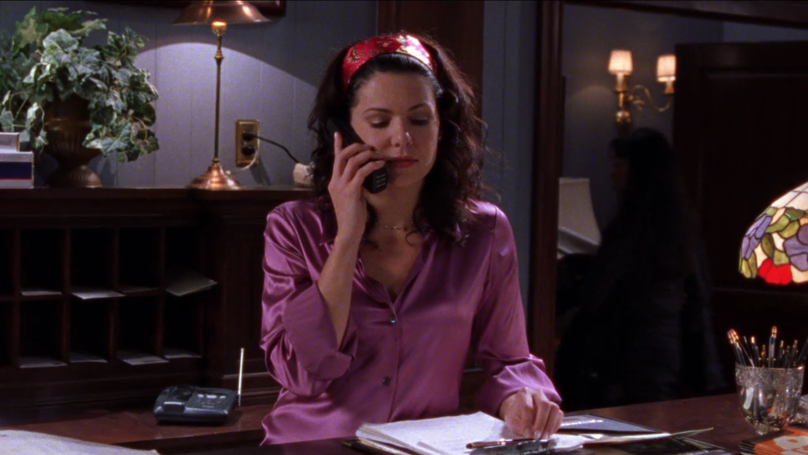 Lorelais-Fugly-Shirt-and-Headband-Secrets-and-Loans-Gilmore-Girls-1