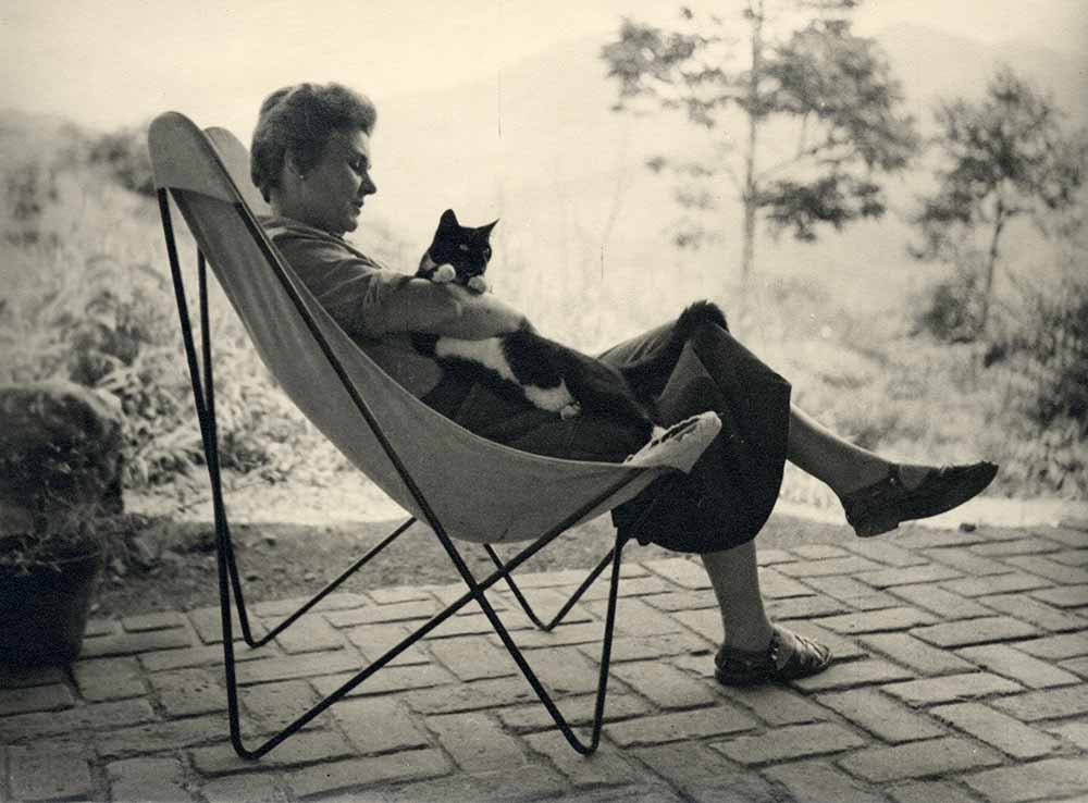 Elizabeth-Bishop-in-Brazil-with-Cat