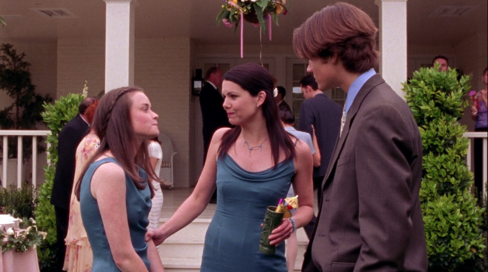 Lorelai-s-Bridesmaid-Dress-I-Can-t-Get-Started-Gilmore-Girls