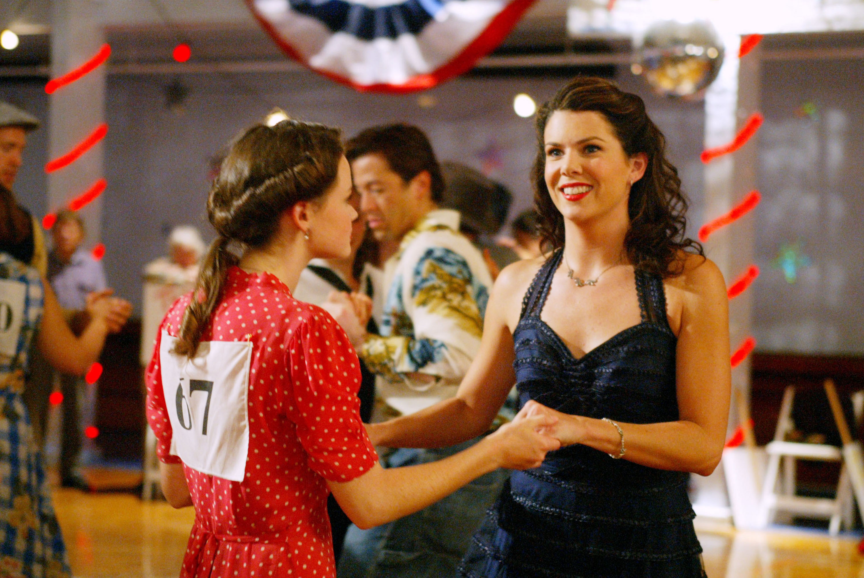 Rory-and-Lorelai-Dancing-They-Shoot-Gilmores-Dont-They-Gilmore-Girls