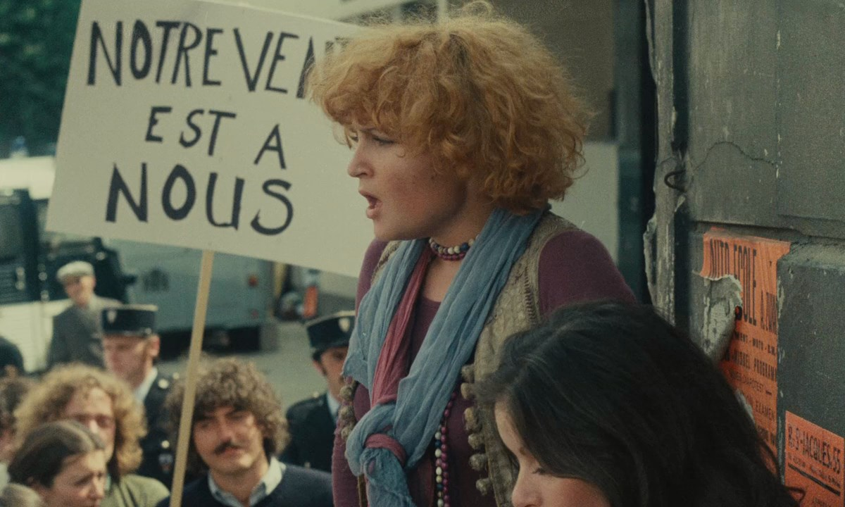 Protest-One-Sings--The-Other-Doesnt-Varda-1