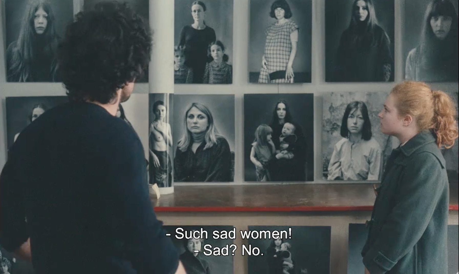 Sad-Women-One-Sings-the-Other-Doesnt-Varda-1