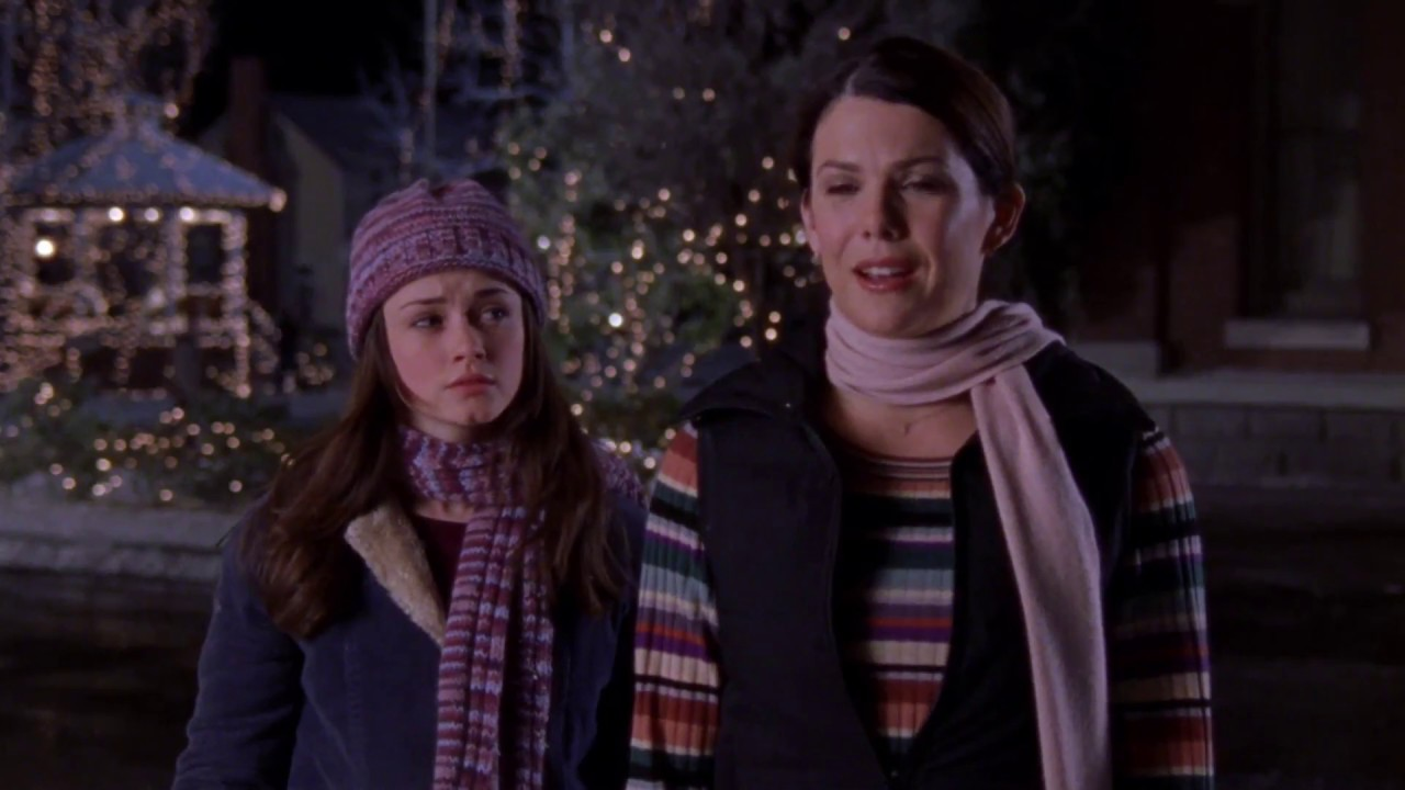 Rory-and-Lorelai-Stupid-Scarf-I-Solemnly-Swear-Gilmore-Girls-1
