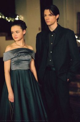 'Gilmore Girls' Season 1, Episode 9: Rory's Dance