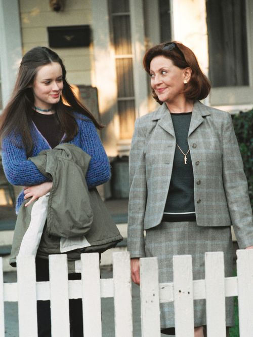 'Gilmore Girls' Season 1, Episode 19: Emily in Wonderland