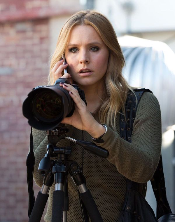 'Veronica Mars' Season 4: Business as Usual (+Bombs!)